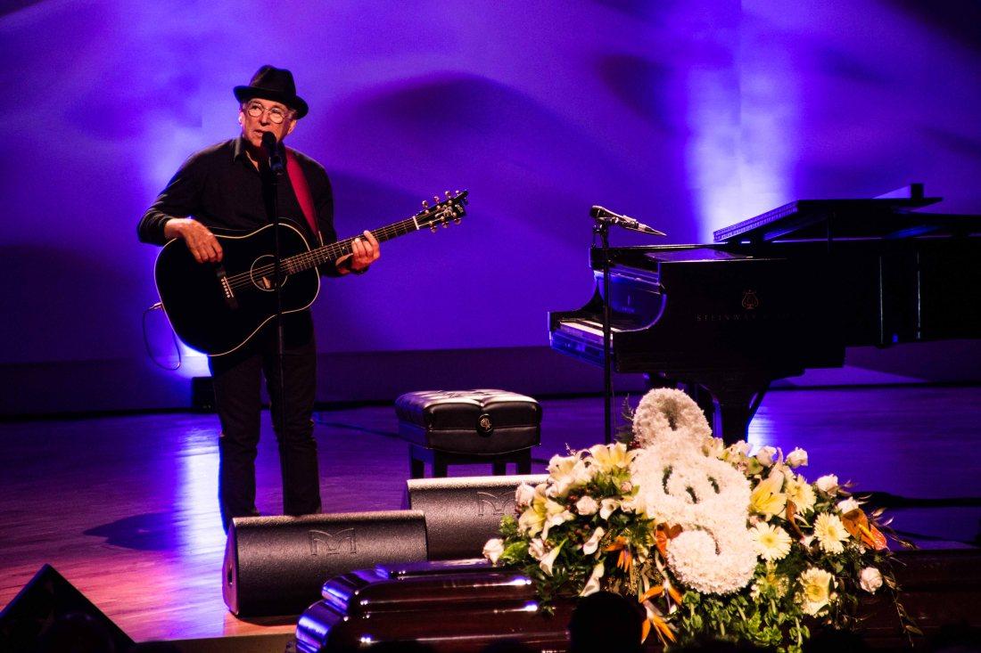 Jimmy Buffett at Allen Toussaint funeral