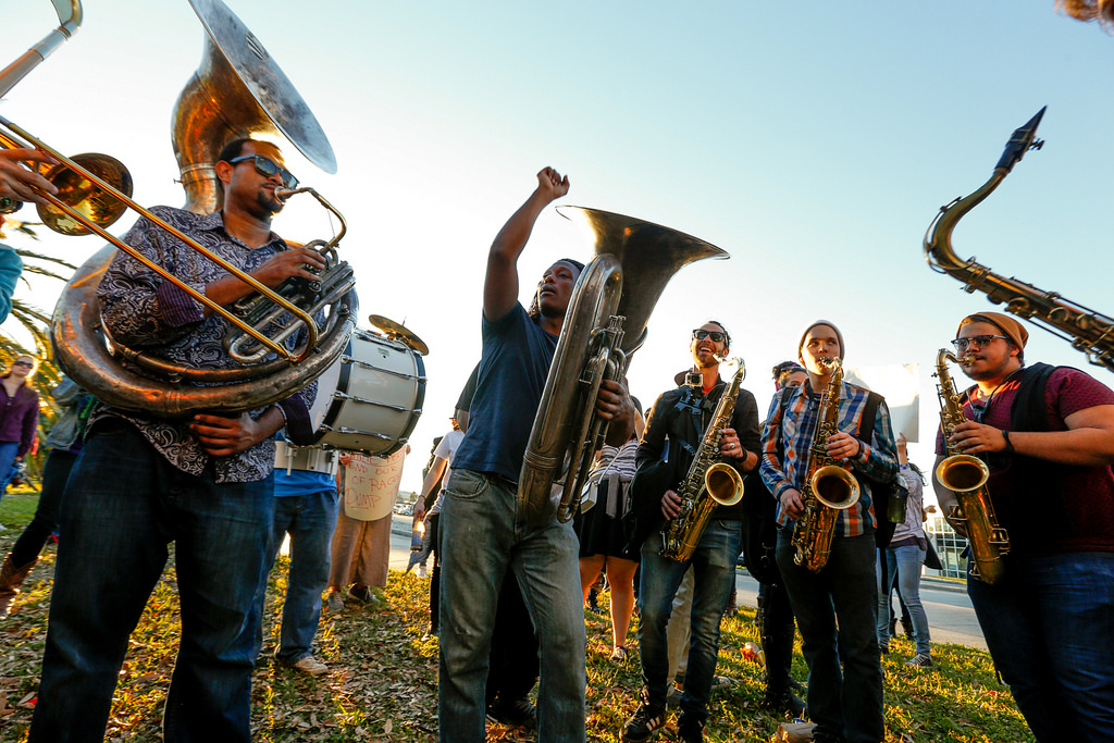 Trumpets Trump Drumpf